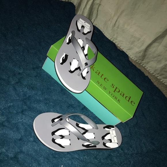 bb8b6b7853ea NWT Penguin Kate Spade Milli Flip Flops